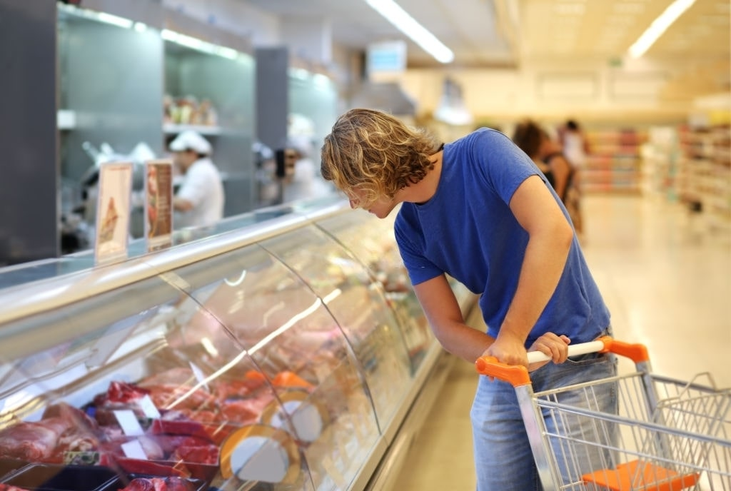 Phân phối giúp hàng hóa đến với nhiều khách hàng hơn