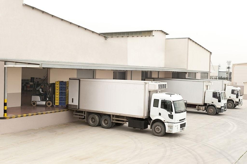 Đội xe tải đông lạnh